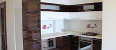 Акриловая кухня – плюсы  минусы