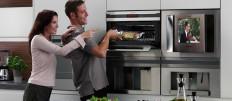 Выбираем встраиваемый телевизор для кухни
