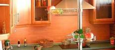 Выбираем барный стол для маленькой кухни