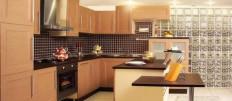 Кухня в шоколадно-молочном цвете