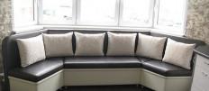 Как выбрать эркерный диван или уголок на кухню