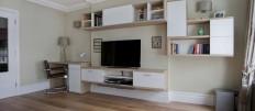 Как оформить ТВ зону на кухне-гостиной
