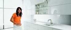 Варианты интерьера кухонь с белыми стенами