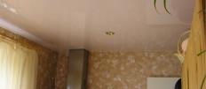 Потолок на маленькой кухне в хрущевке