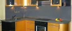 Идеи оформления кухни в золотом цвете