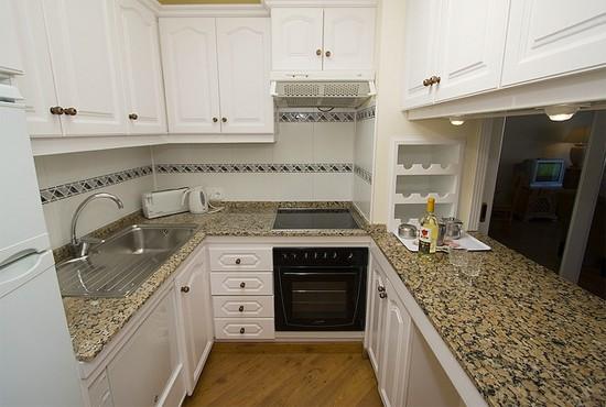 фотогалерея маленьких кухонь