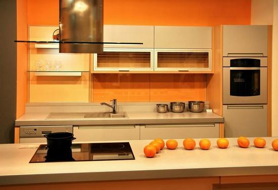 фото оранжевой кухни (23)
