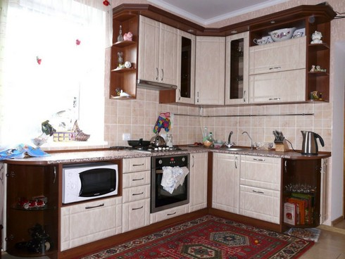 угловые кухни на фото (10)