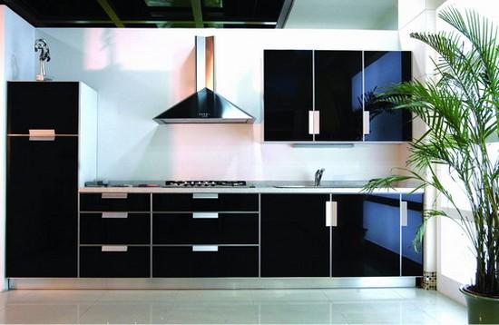 бело-черные кухни