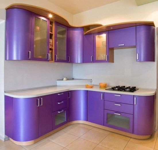 фиолетовые кухни на фото