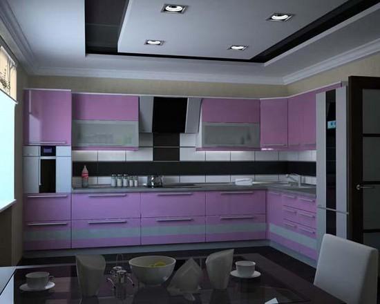 на фото фиолетовые кухни