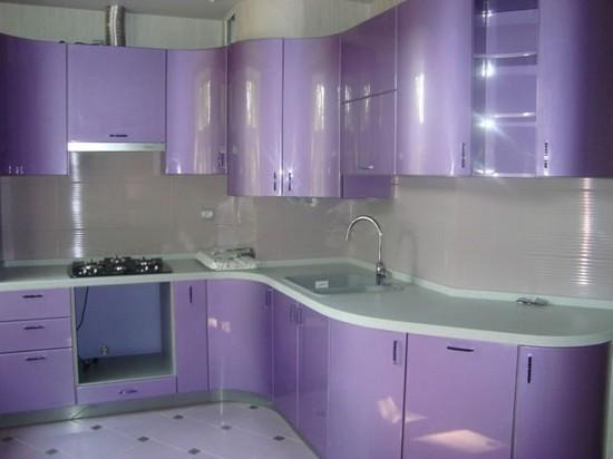 на фото кухни фиолетового цвета