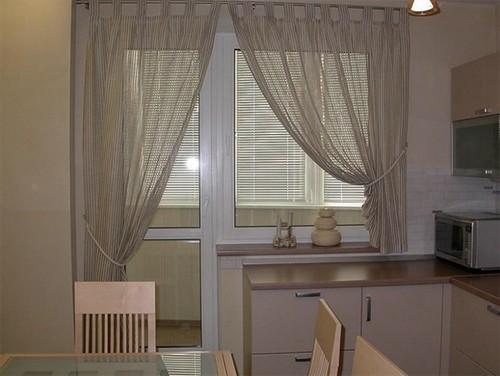 фотография римской шторы