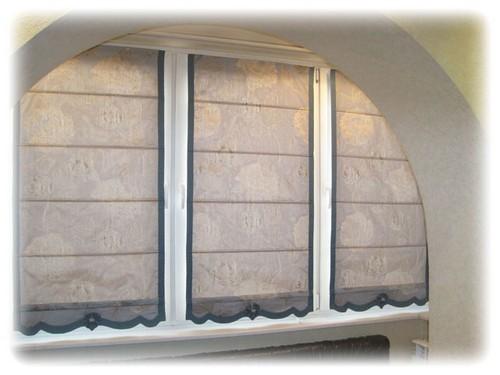фотография римской шторы для кухни