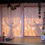 Красивые рулонные шторы для кухни