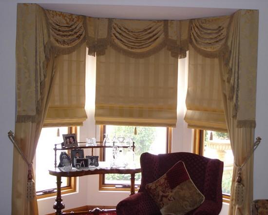 шторы с эркером для кухни фото