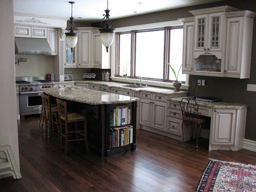 Интерьер кухни из камня фото
