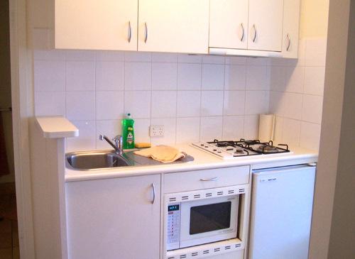 Кухня в пятиэтажке дизайн 3
