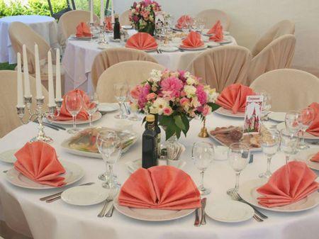 праздничный стол на день рождения фото сервировка