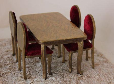 271Как сделать стол и стул для кукол