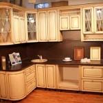 Примеры кухня с патиной в интерьере