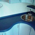 Как выбирать угловые столешницы для кухни