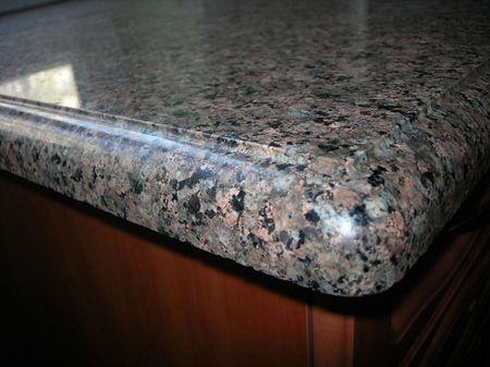 granitnye-stoleshnicy_5
