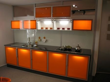 Фасад для кухни из алюминия