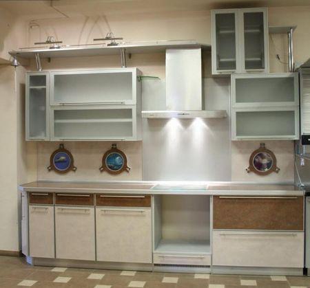 Бежевый кухонный фасад